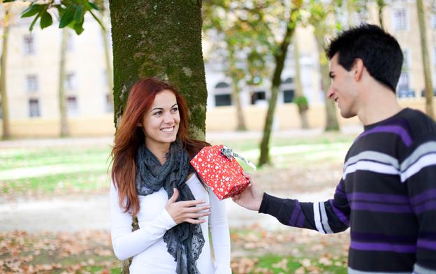 Gaver til kæresten på flere budgetter