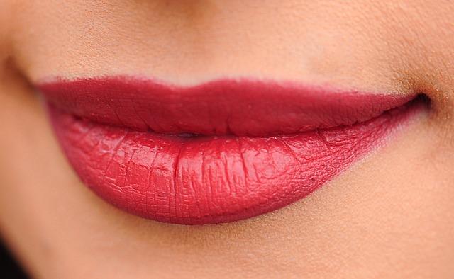 Fem tips til at holde din hud ung og smuk