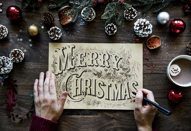 Sådan arrangerer du den perfekte julefrokost