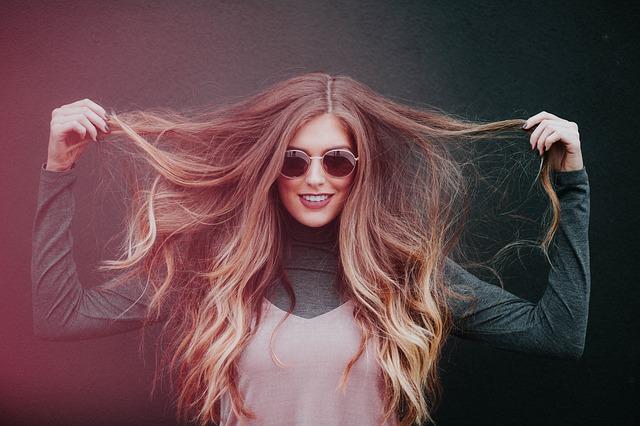 Få sundt hår med disse 3 tips