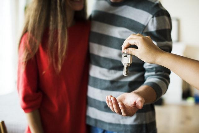Guide: 3 tips til når du flytter sammen med drømmekæresten